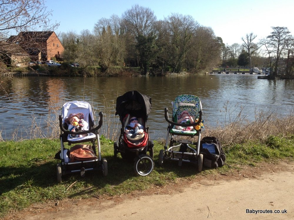 Pushchair walk along the Thames at Marlow