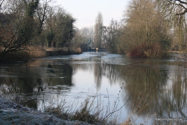 Ice on the Thames, Sonning to Caversham Thames Path Walk