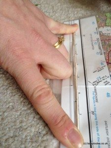 Use string to measure a distance on a map