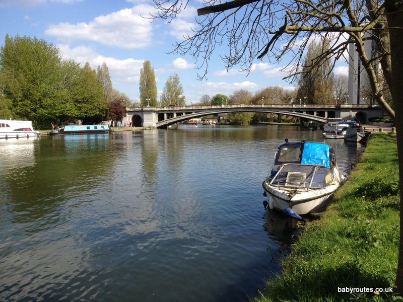 Reading to Tilehurst Thames Path Walk