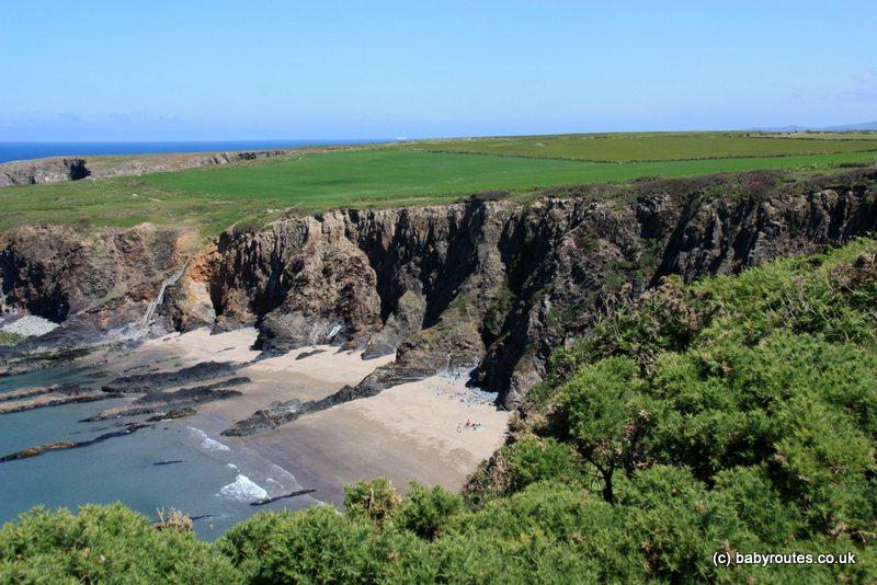 Traeth Llyfn Beach, Abereiddy Pembroke Coast Path Walk