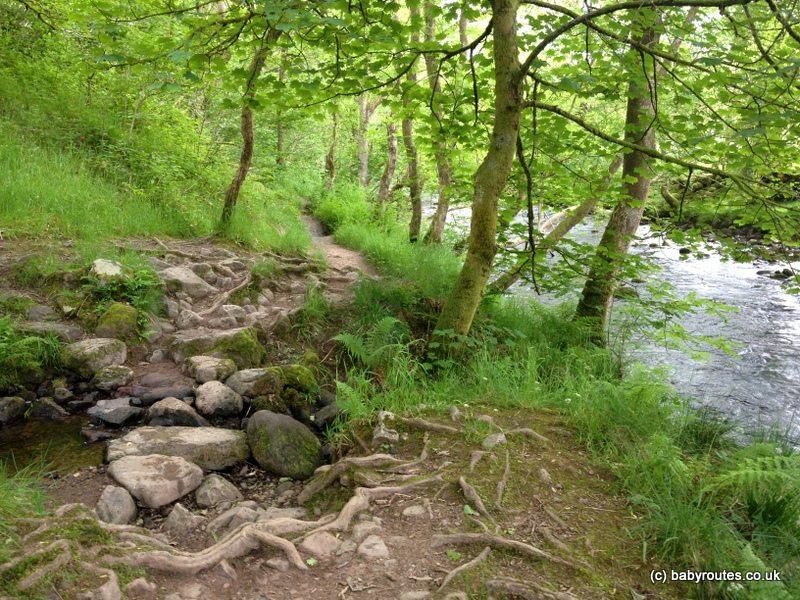 Cwm Porth to Sgwd Clun-Gwyn