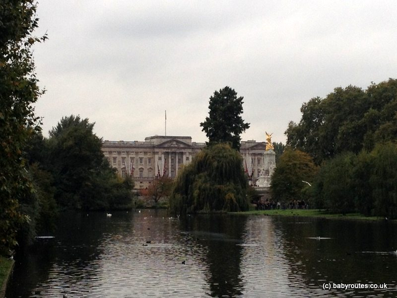 Buckigham Palace from St. James Park, London, Baby Routes Sightseeing Walk