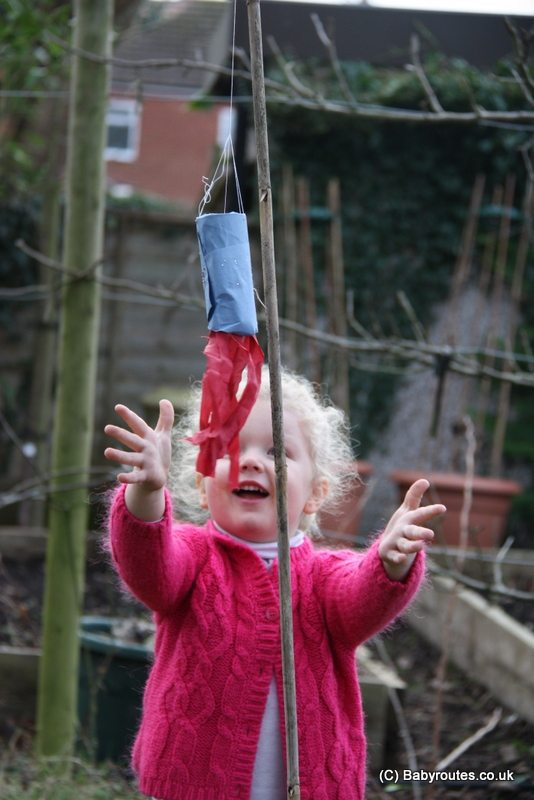 How to make a windsock, kids windy day activities, Baby Routes