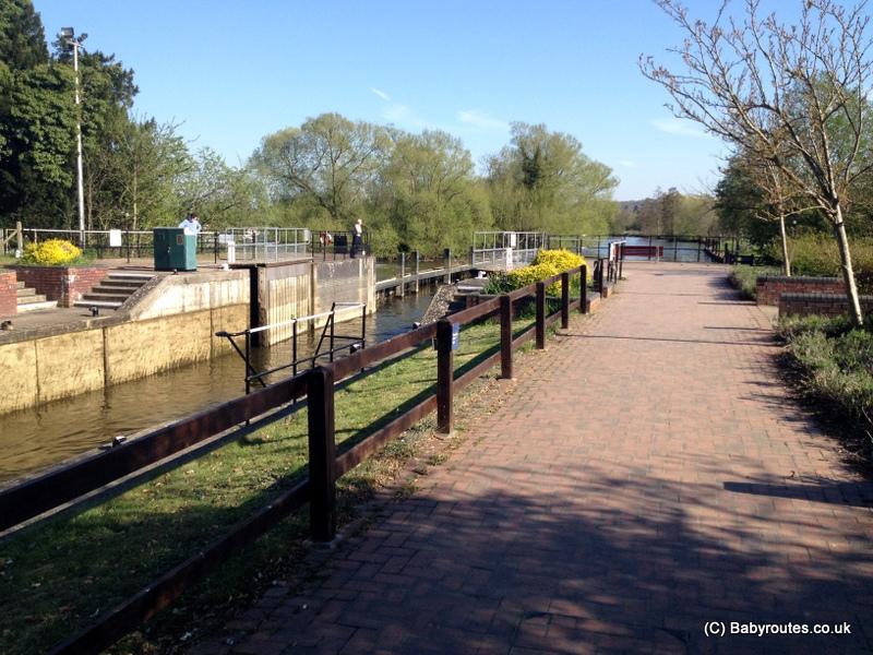 Hambleden Lock 6k Circular Walk, Baby Routes