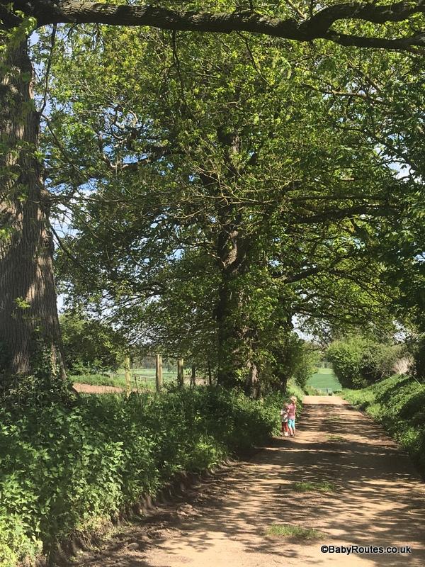 Sonning Village & River Circular Walk, Sonning, Berkshire