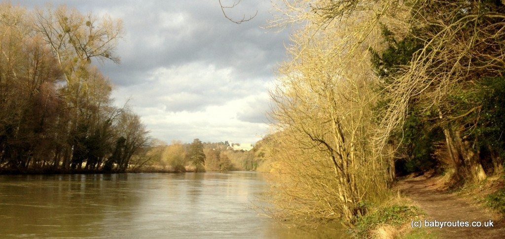 Cliveden Estate  -walking by the idyllic rural Thames