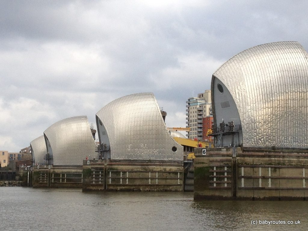 Thames Path: Thames Barrier to Millennium Dome – Baby Routes