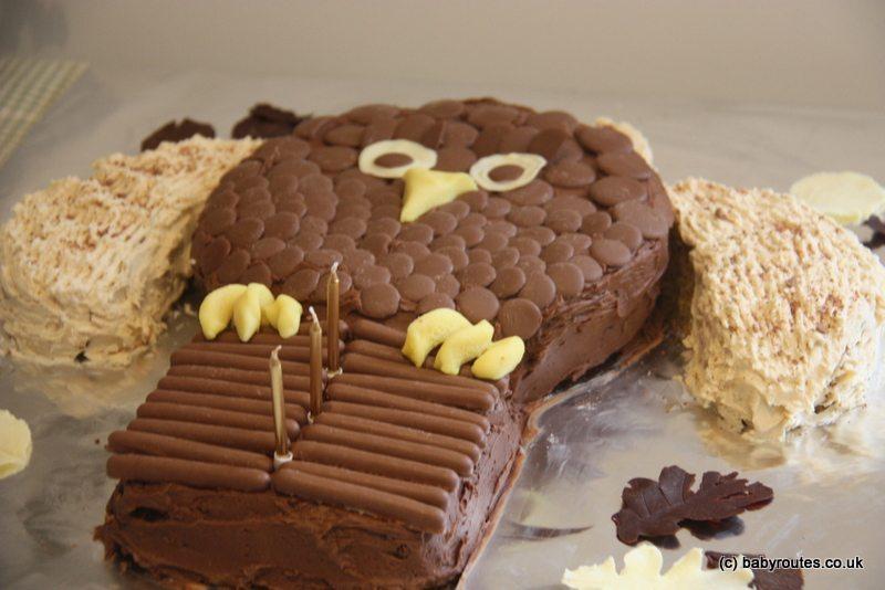 Roo's owl birthday cake
