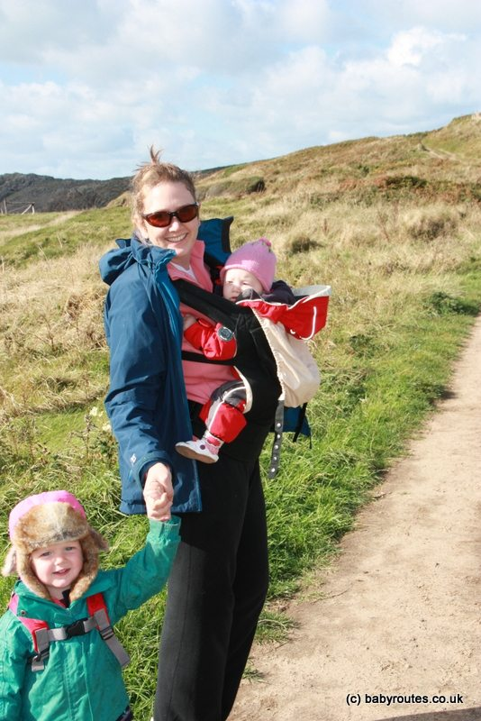 Walking with the girls, How to choose winter coats for outdoor kids, Baby Routes