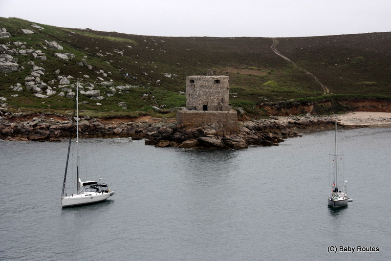 Tresco, Cromwell's Castle, Bryher Round Island Walk, Walks with Children, Isles of Scilly, Baby Routes