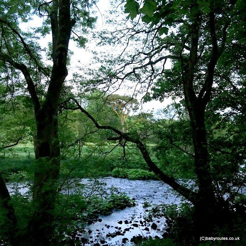 River Hodder, Slaidburn Easy Village Walk, Forest of Bowland, Lancashire